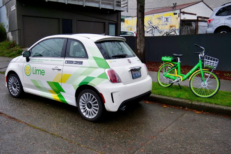 Lime previews shared e-scooters in Seattle, seeking public support