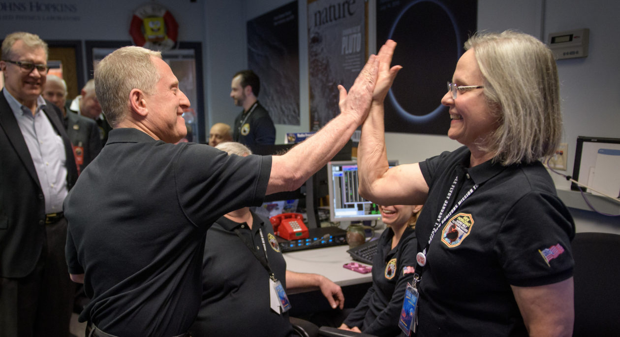 High-five for Ultima Thule flyby