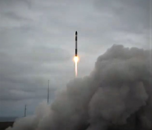 Rocket Lab Launches DARPA8217s R3D2 Experimental Satellite From New Zealand