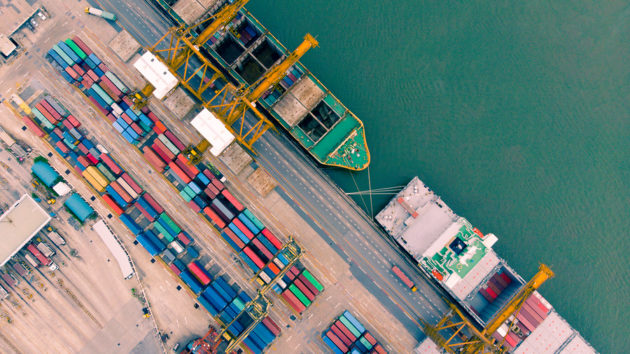 Fresh off $1B funding round, shipping and logistics startup