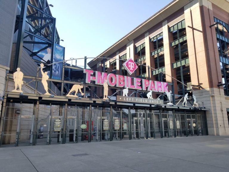 T-Mobile adds 1 8M new customers as rumors of Sprint merger