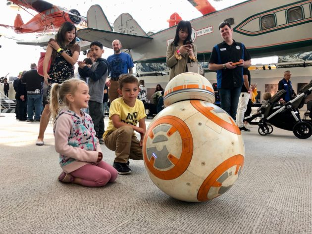 Star Wars droid builders roll out R2-D2, BB-8 and more to ...