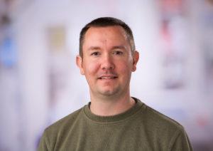 Les chercheurs utilisent l'édition de gènes pour immuniser les cellules contre le VIH et d'autres infections dans le cadre d'une étude de Fred Hutch – Newstrotteur Justin Taylor 300x212