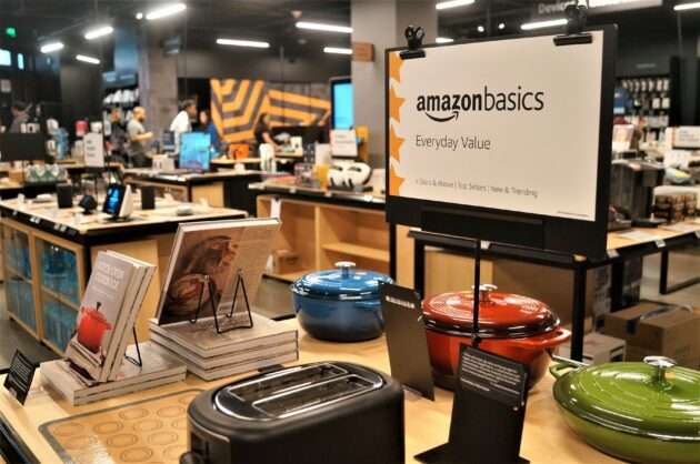 0113560656097 Amazon HQ is getting a new store: Inside the tech giant's new '4 ...