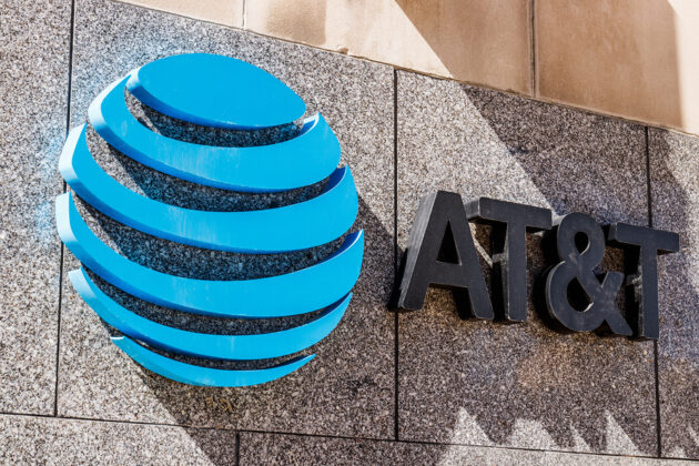 AT&T employees corrupted to plant malware on company's network, unlock expensive phones