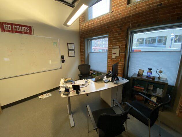 Comment le PDG de Yapta, James Filsinger, maintient la culture tout en développant le nombre croissant de jeunes voyageant en entreprise Workspace 630x473