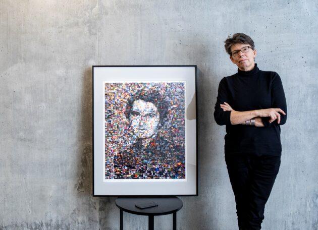 Artist Kate Thompson with Rosalind Franklin portrait