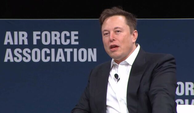 SpaceX CEO Elon Musk touts Starlink satellites and robotic fighter jets at Air Warfare Symposium