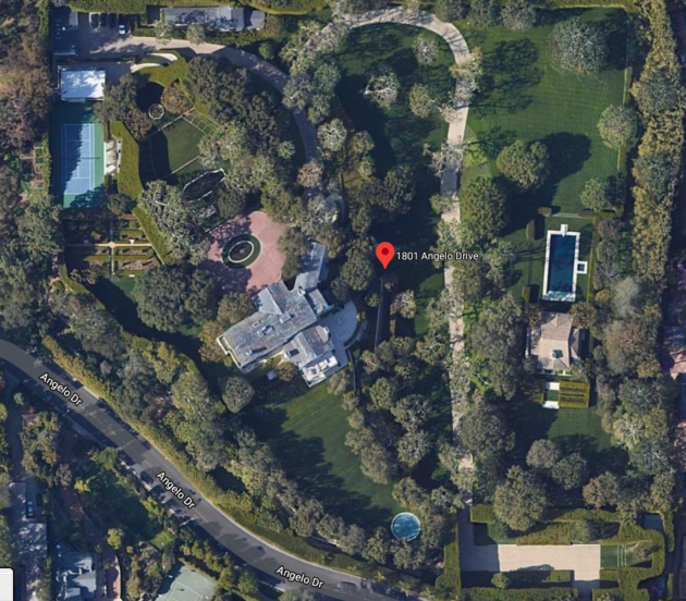 Jeff Bezos buys lavish Beverly Hills estate for record $165m