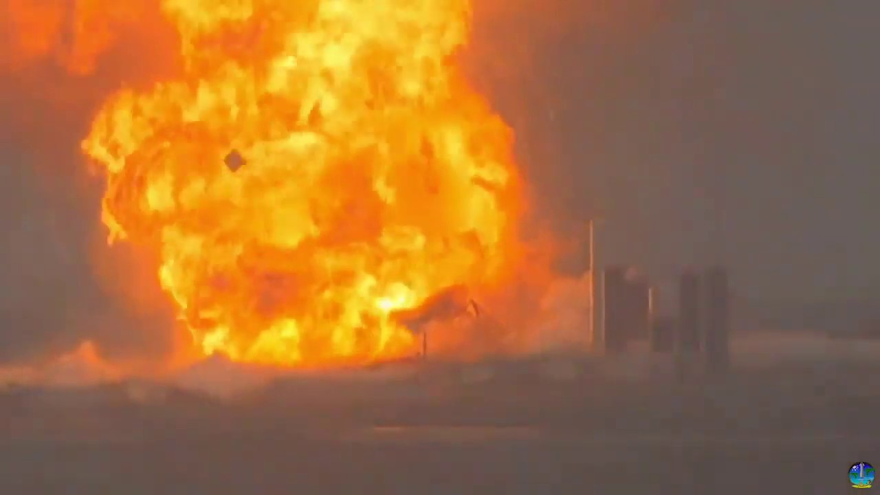 Another Starship super-rocket prototype blows up on SpaceX's test pad in Texas