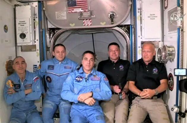 Uzay İstasyonu ve Mürettebat Ejderha Astronotları