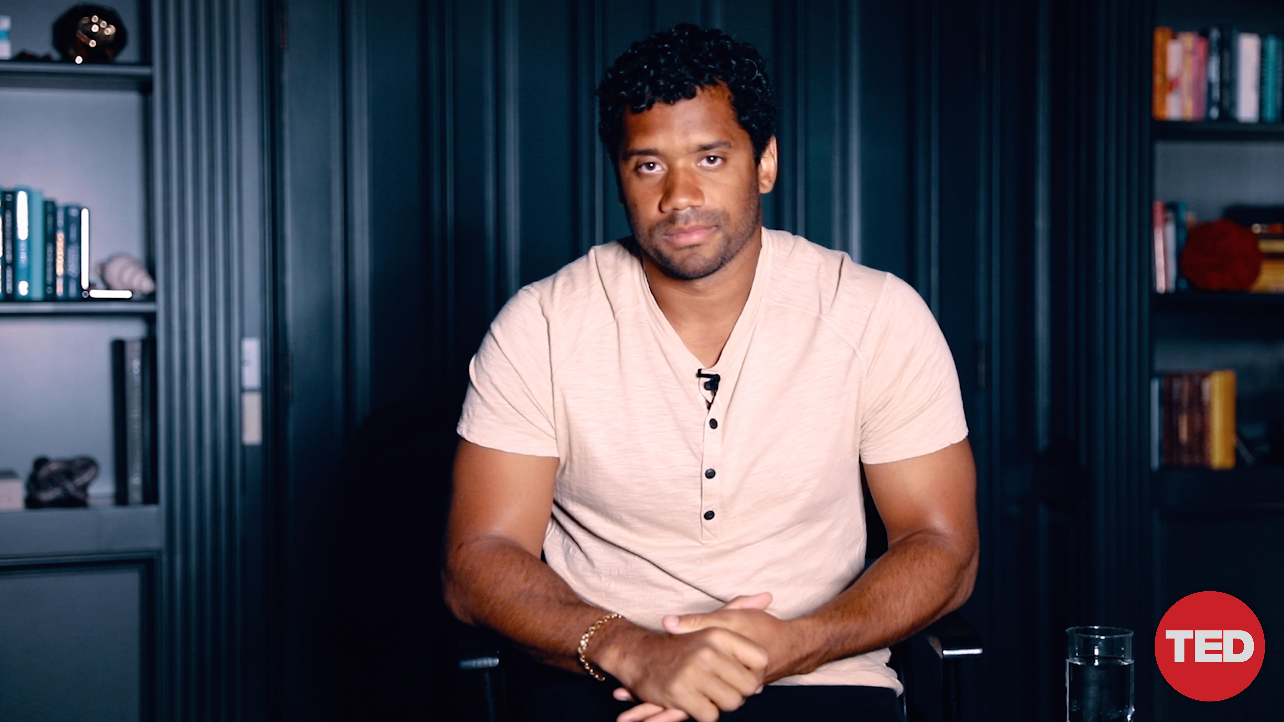 In New Ted Talk Seahawks Qb Russell Wilson Promotes Neutral Thinking To Cope With Pressure Geekwire