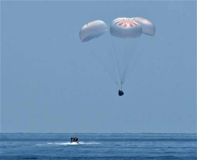 NASA astronauts splash down in SpaceX Dragon capsule, capping historic mission