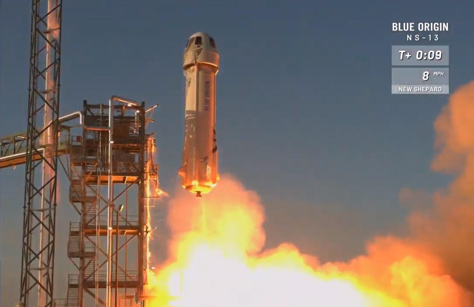 Blue Origin's suborbital spaceship tests NASA's moon landing system in Texas