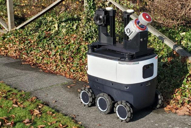 Amazon sidewalk mapping robot in Everett, WA