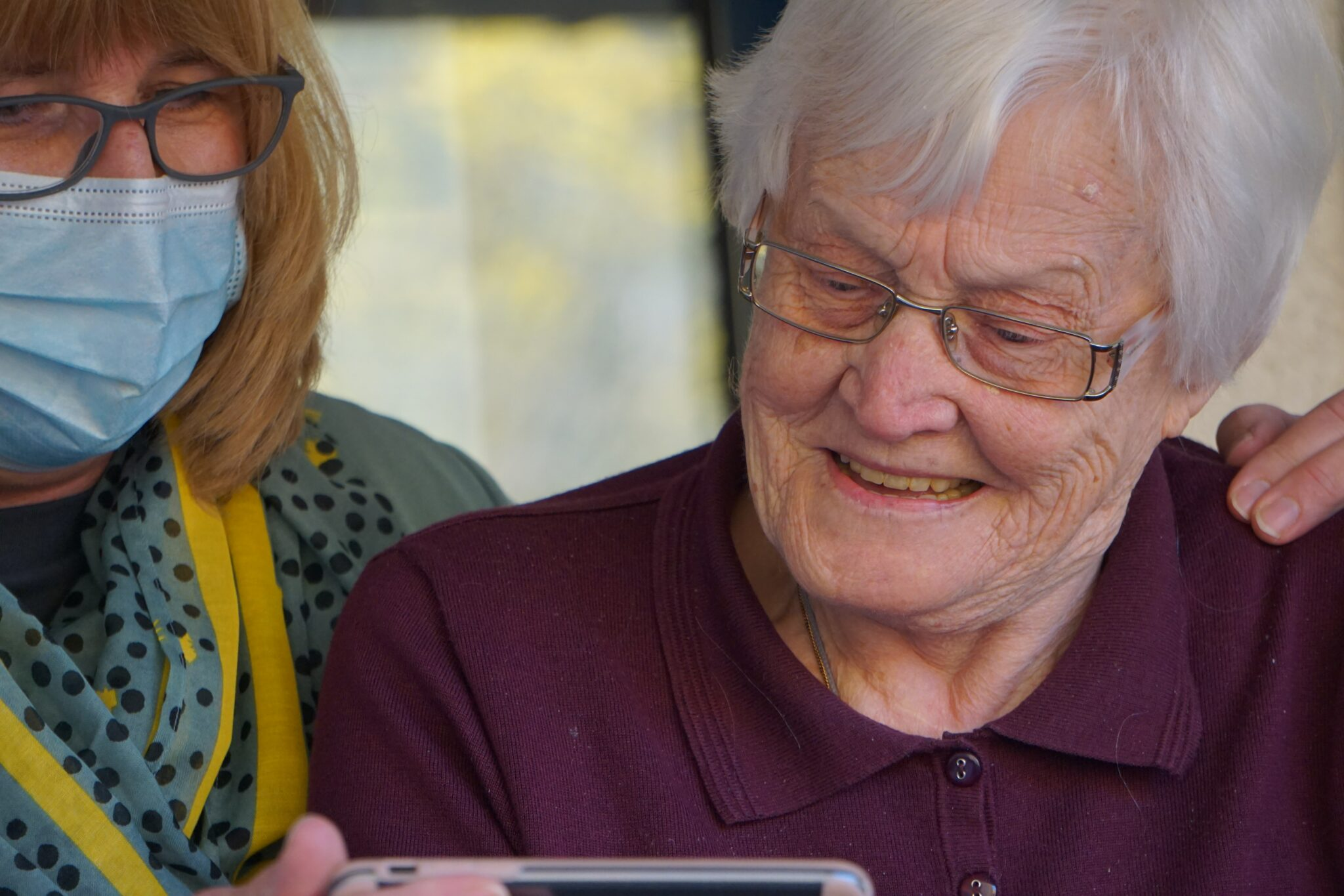 COVID-19 accelerates tech solutions for lonely seniors, addressing...