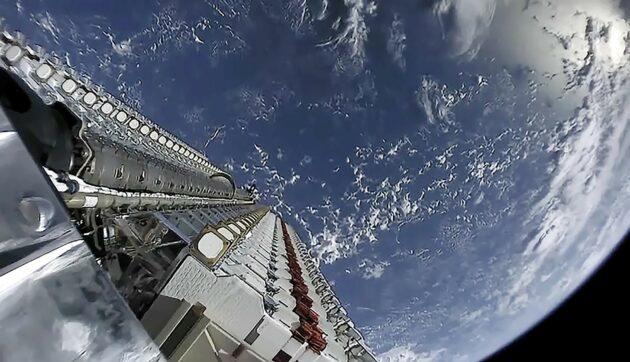 Starlink satellites in orbit