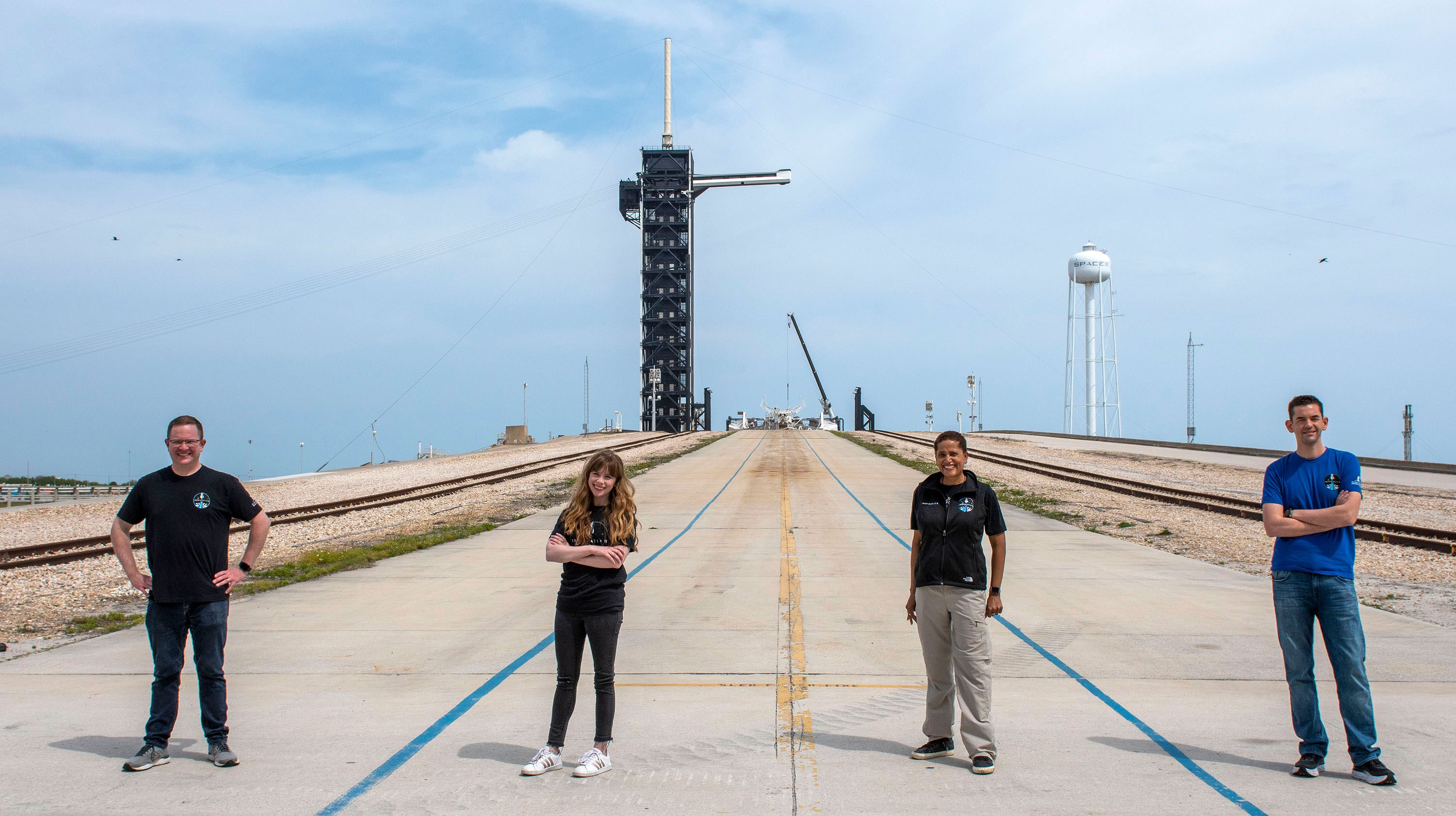 Everett engineer and Arizona prof join billionaire's crew for charity space trip