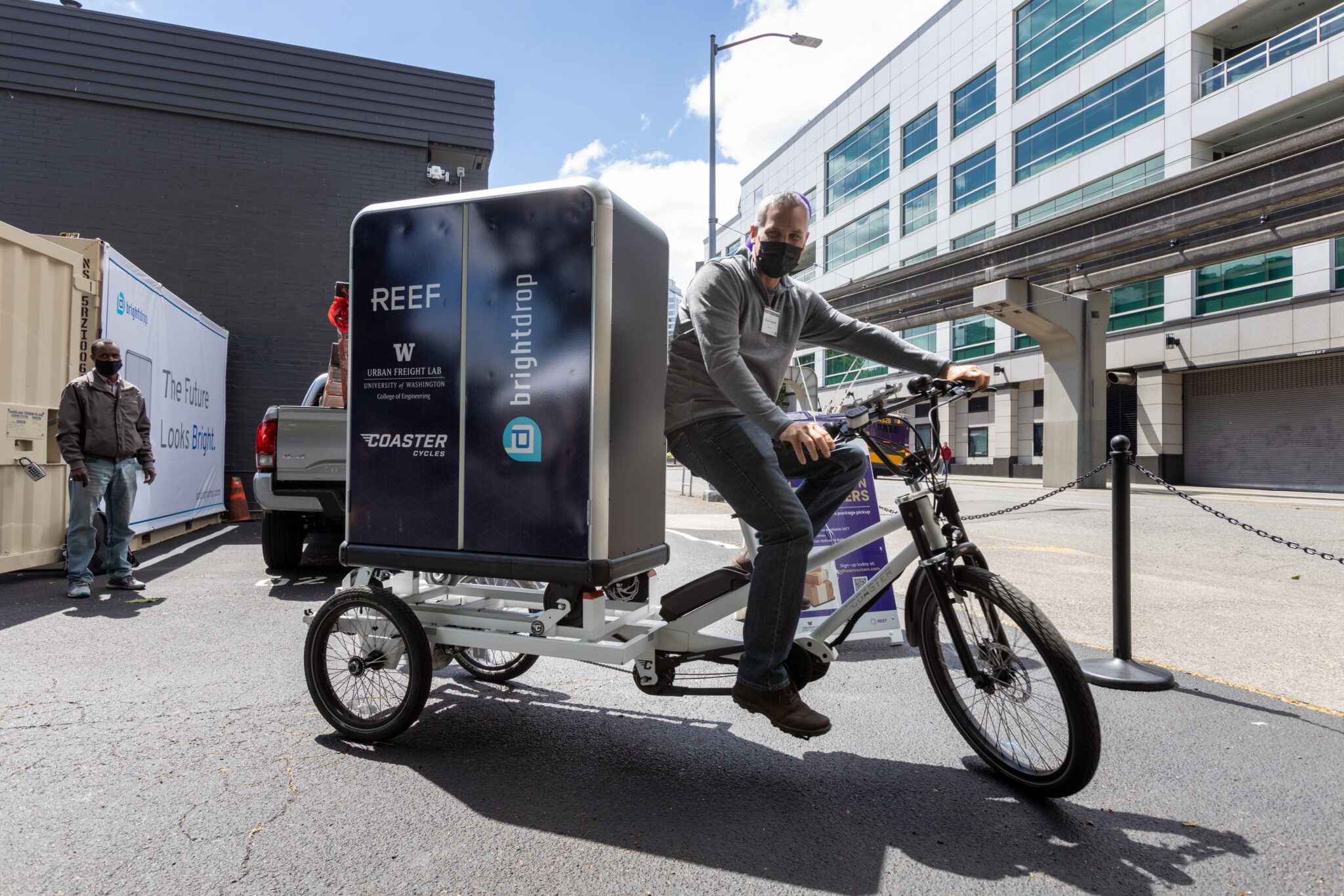 Pilot Zero Emission Last Mile Delivery Center Launched in Seattle as Trial for Urban Logistics