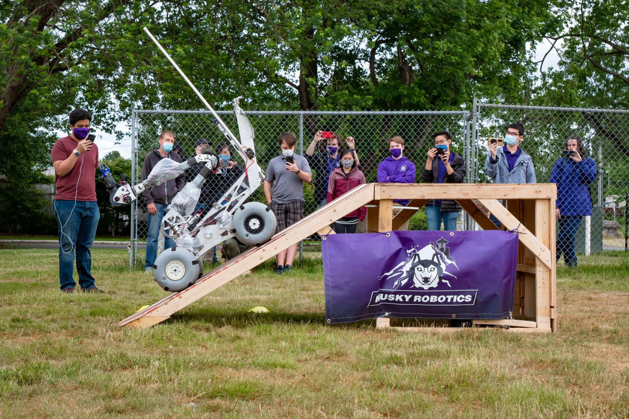 University of Washington's Husky Robotics is top U.S. team at Rover Challenge