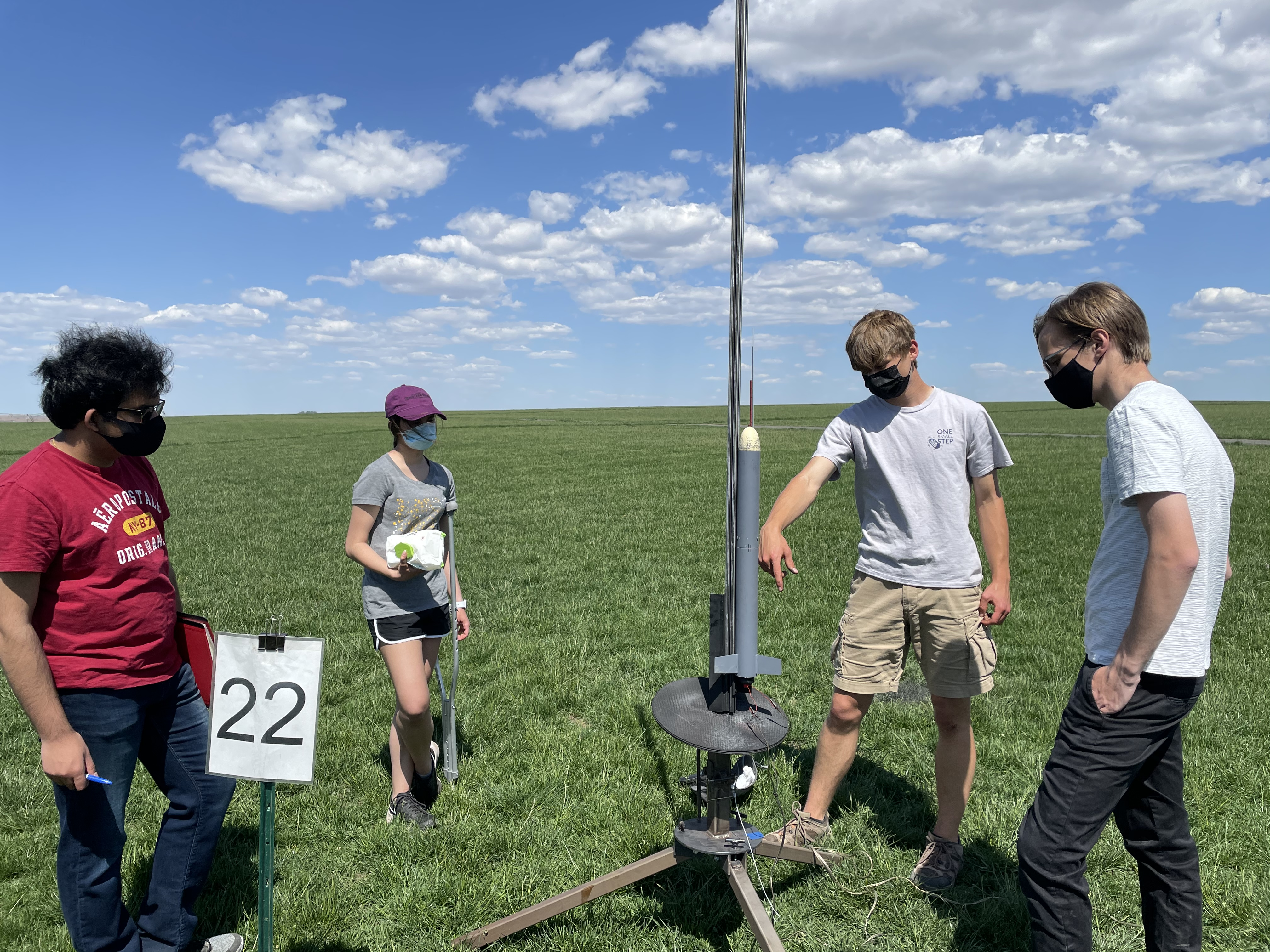 Seattle-area students fly high again as 6 teams compete in the American Rocketry Challenge